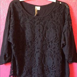 Tops - Plus Size black lace print top